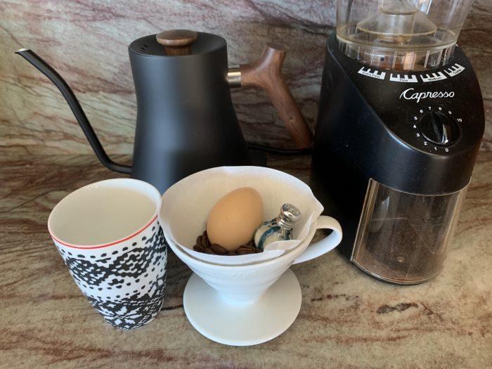 Salt egg coffee